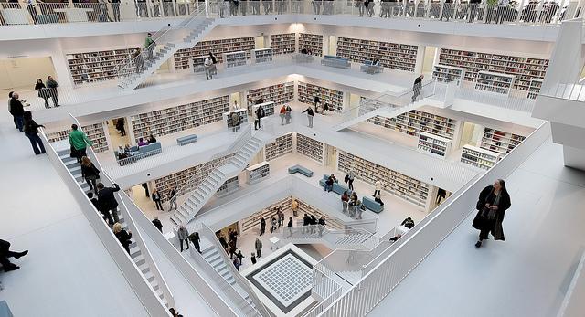 biblioteka_w_stuttgarcie_1